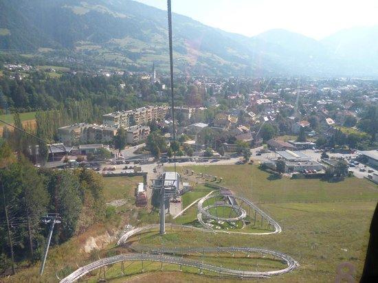 Lienzer Bergbahnen/ Osttirodler Alpine Coaster: vista dalla cabinovia