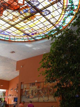 Ohtels Vil.la Romana : Hall