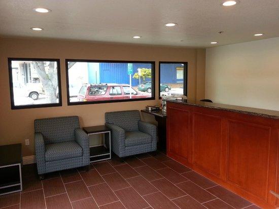 Avenue Inn Downtown San Luis Obispo: Lobby