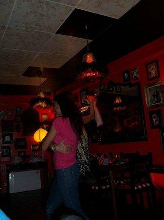 Lolitas Home Made Tapas : Dancing