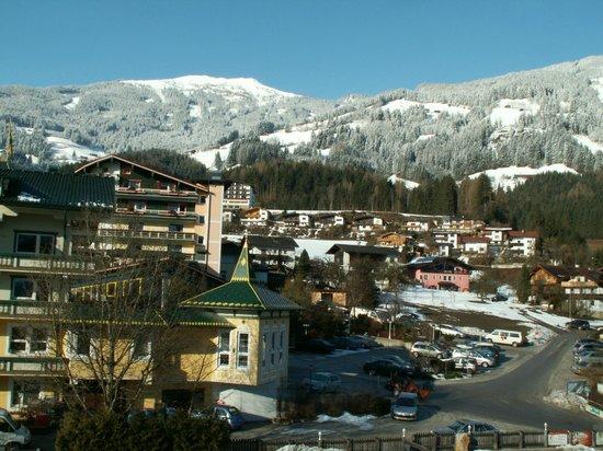 """Hotel Elisabeth : Blick vom Balkon """"Ostseite"""""""