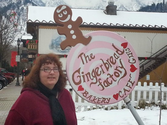 The Gingerbread Factory : Sign