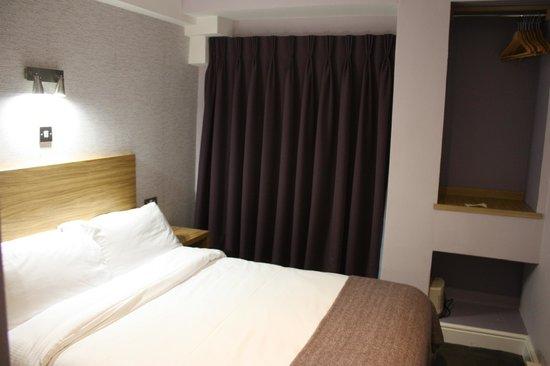 Jackson Court Hotel: Double room