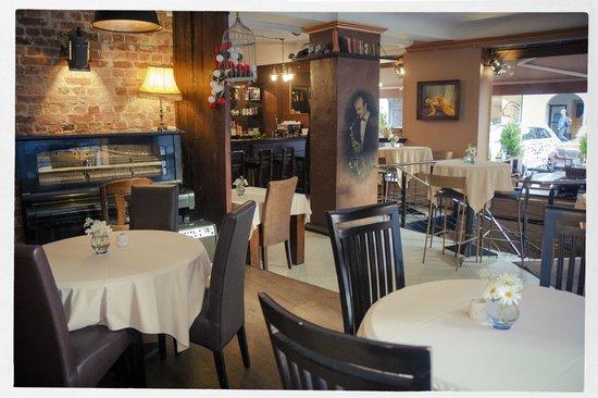 Restaurant 'Restoracija'