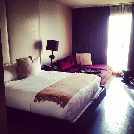 Hotel Sorella CITYCENTRE: Great room in good Houston hotel.