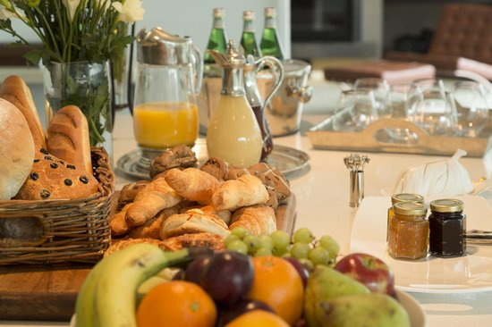 The Establishment Boutique Accommodation: Breakfast Buffet