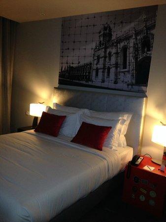 TRYP Lisboa Aeroporto Hotel: Bed