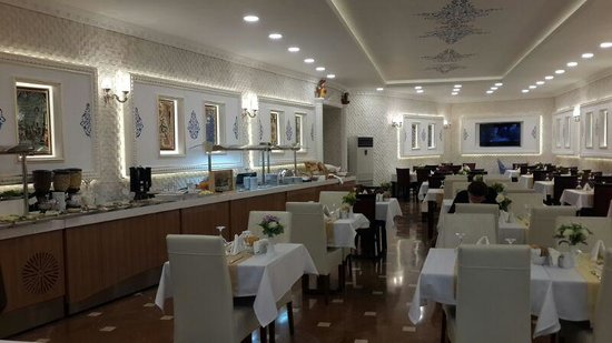 The Byzantium Hotel & Suites: Breakfast saloon ��