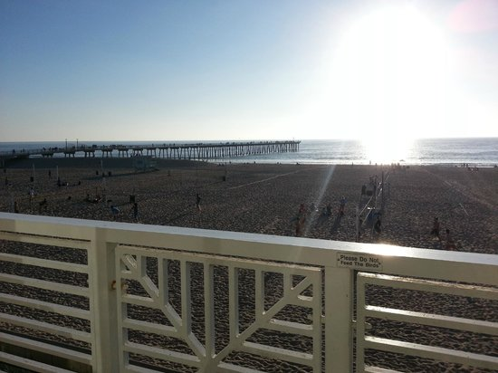 Beach House Hotel Hermosa Beach : view from room 312
