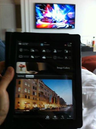 Hotel Vier Jahreszeiten Kempinski Munchen: ipad in camera