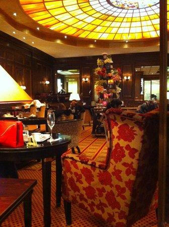 Hotel Vier Jahreszeiten Kempinski Munchen: hall