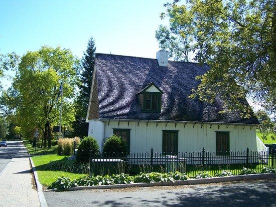 La maison pierre lefebvre 1824 galerie du trait carr for Avis sur maison pierre