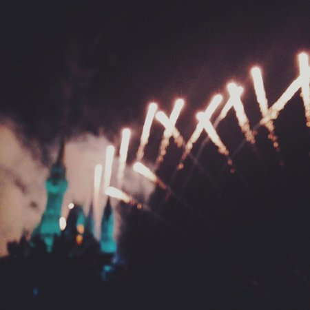 Wishes Fireworks: WISHES - with a view from a bridge in front of Tomorrowland/Cosmic Rays