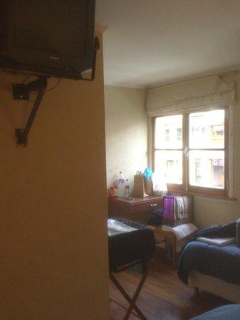 Hosteria Nogare: Vista desde la entrada de la habitaciòn