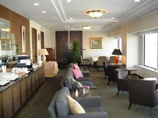 Keio Plaza Hotel Tokyo: Club lounge