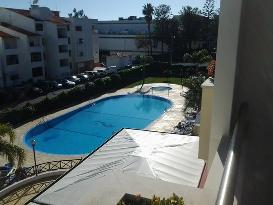 Paladim Aparthotel: pool view room 102