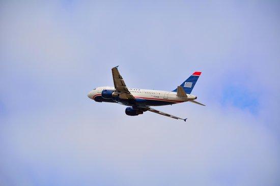 Charlotte Douglas Airport Overlook: US Airways2