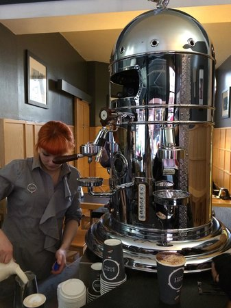 Caffe Vergnano 1882: Wow what a machine…….