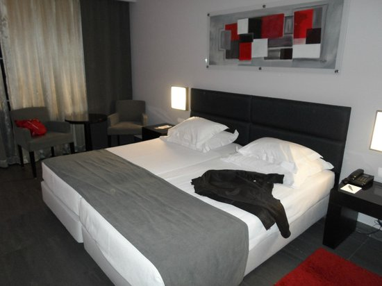 Vila Gale Lagos: THE BED