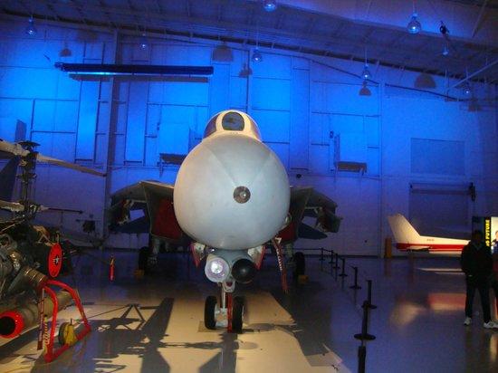 Carolinas Aviation Museum: f14