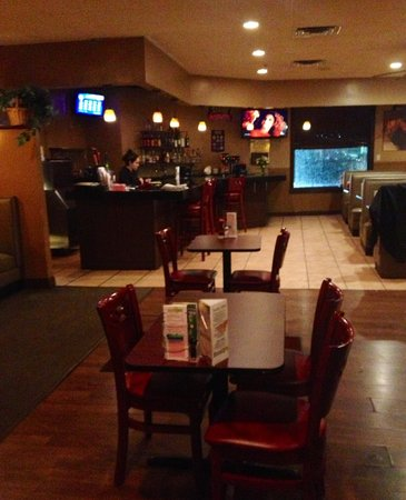 Emmily S Family Style Restaurant Grille Moved 103 Putnam Pike North Providence