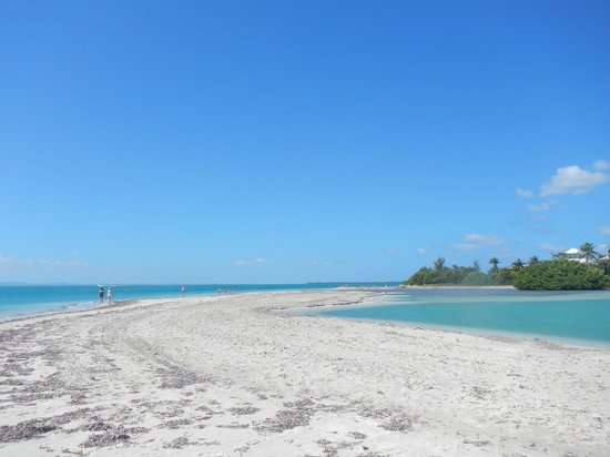 Paradisus Princesa del Mar Resort & Spa: A 1/2 hour walk to the right of the hotel...peaceful
