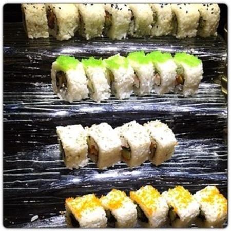 Tokyo Table Cebu: various maki