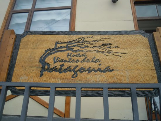 Hostal Vientos de la Patagonia : Frente del Hostal