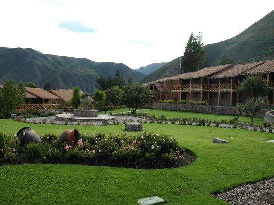 Casa Andina Premium Valle Sagrado Hotel & Villas: The Central Courtyard