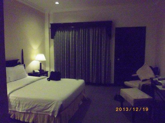Ree Hotel: 部屋です。十分な広さがあります