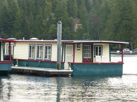 Houseboats for Two: View of houseboat