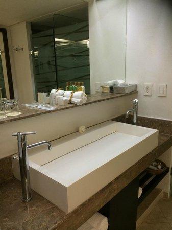 Hyatt Ziva Puerto Vallarta: bathroom