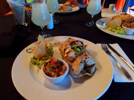 Mayan Bistro : Chicken Burrito - yum!