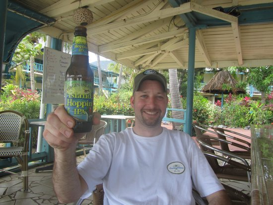 Island Beachcomber Hotel: enjoying V. I. beer