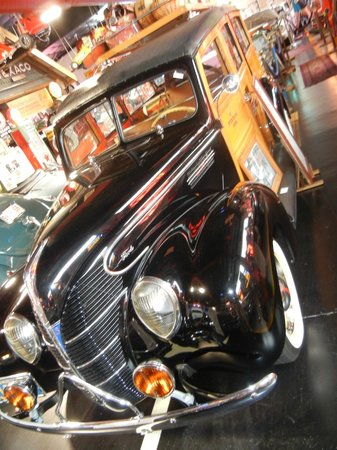 """Mount Dora Museum Of Speed: 1939 Ford """"Woodie"""""""