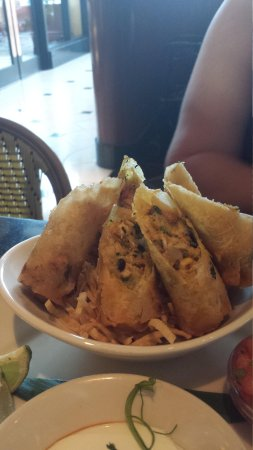 The Cheesecake Factory: Tex Mex Egg Rolls