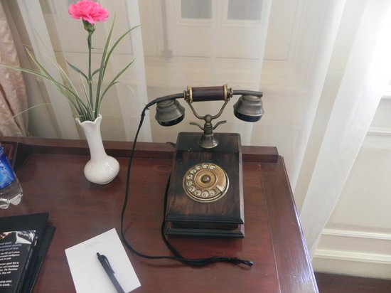 Dalat Palace Heritage Hotel: room communication system