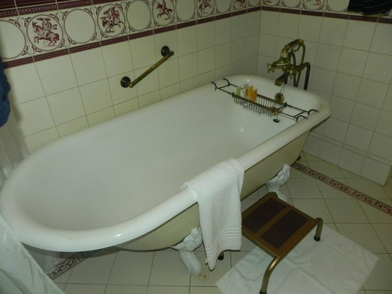 Dalat Palace Heritage Hotel: How long since you have seen plumbing like this?