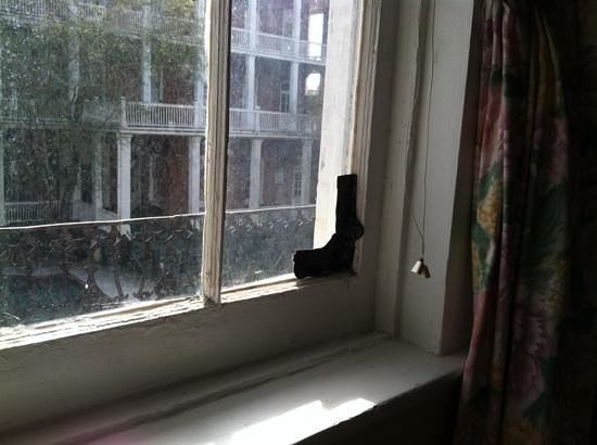 St. Vincent's Guest House: tge inside of window sill