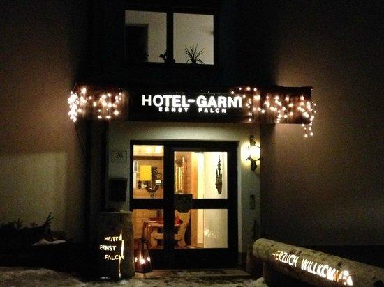 Hotel Garni Ernst Falch: Gate