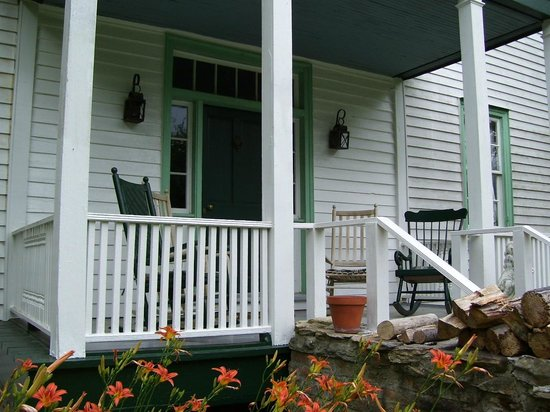 Piney Grove at Southall's Plantation - Ladysmith Front Porch