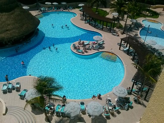 The Royal Sands: pool