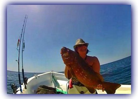 Papagayo Gulf Sport Fishing - North Pacific Tours: Woman that fish Rock!