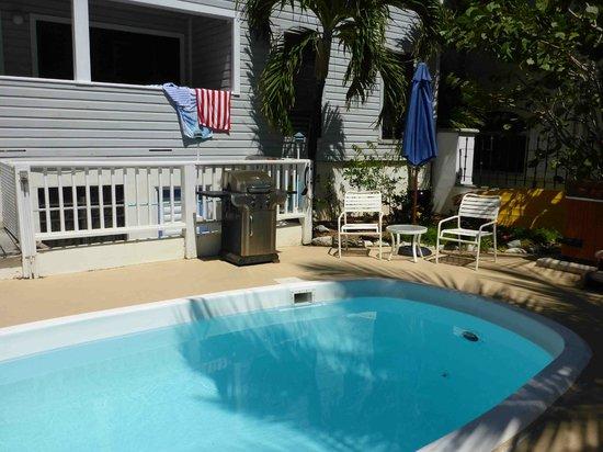 Coconut Coast Villas: Coconut Coast pool