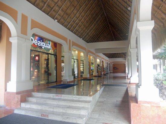 Now Sapphire Riviera Cancun : hotel shops