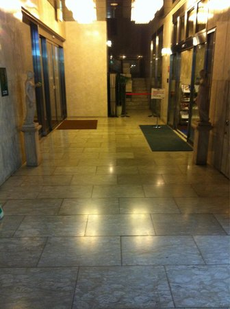 Dormy Inn Shinsaibashi : The entrance!!