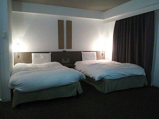 Daiwa Roynet Hotel Yokohama Koen : デラックスツイン