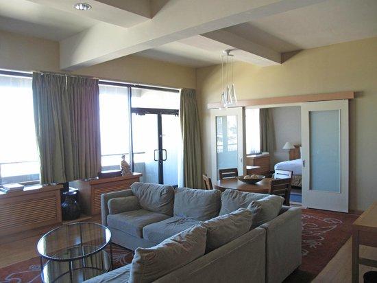 Hilton San Francisco Financial District : Suite Livingroom