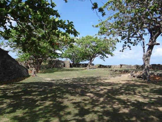 Fortaleza N S dos Remedios : belo pátio