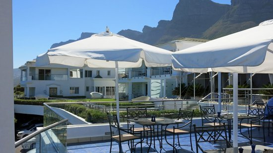 The Twelve Apostles Hotel and Spa : Morning breakfast
